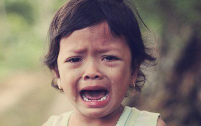 «Aïe! Aïe! Bobo…Maman, Papa au secours!»